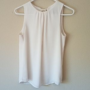 H&M Ivory Crepe Sleeveless Blouse Size 6
